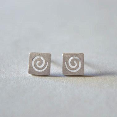 Square stering silver stud earrings, with swirl pattern, simple but special for everyday (D74)
