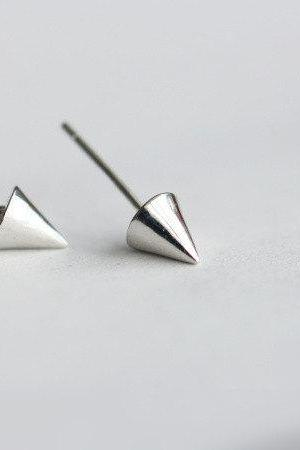 Cone shaped 925 sterling silver stud earrings, mini dainty special stud earrings(D253)