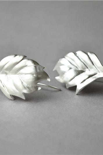 Big leaf dangle earrings,925 sterling silver solid made, shiny & brushed surface, nice gift (H11)
