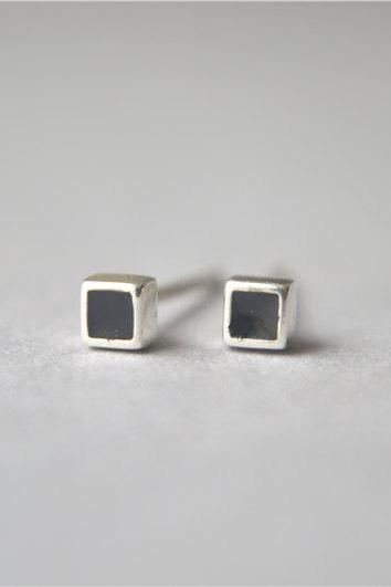 Mini black cube stud earrings, 925 sterling silver stud earrings (D248)