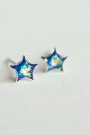 Shiny Blue star stud earrings, 925 sterling silver back and post, lovely jewelry (D169)