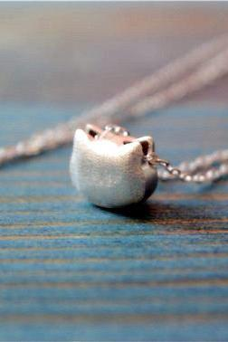 Silver cat necklace, 925 sterling silver necklace, cat pendant, brushed surface, cute necklace (XL34)